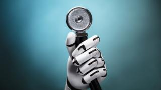 Robô com estetoscópio