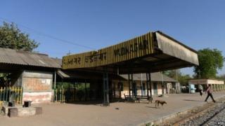 వడనగర్ రైల్వే స్టేషన్