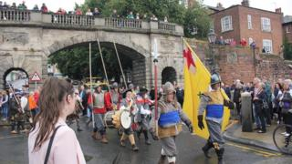 Re-enactment of Civil War battle in Chester