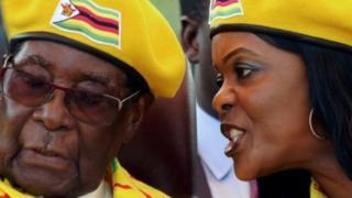 Rais Mugabe na mkewe Grace Mugabe walisusia sherehe ya kuapishwa kwa Emmerson Mnangagwa