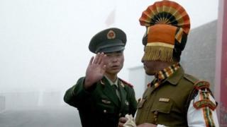 ભારત અને ચીનના લશ્કરી જવાનો