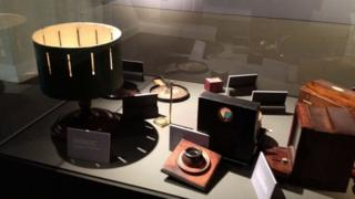 Display case Fenton Collection