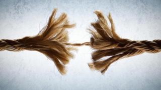 Những người phải trải nghiệm các môi trường phức tạp, mâu thuẫn và đôi khi là thù ghét thì dễ bị kiệt sức.
