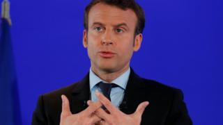 Presidential candidate Emmanuel Macron officially kicks off his campaign in Paris