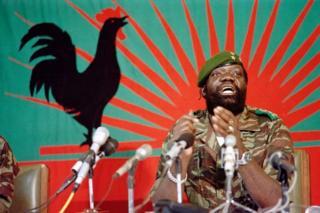 Jonas Savimbi alishutumiwa kufanya maasi kama kiongozi wa waasi - madai yanayokanushwa na wafuasi wake