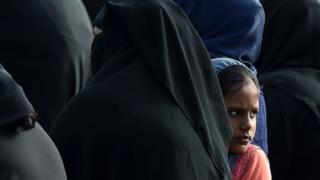 শ্রীলঙ্কার মুসলিম নারীদের মধ্যে হিজাব বোরকার ব্যবহার উল্লেখযোগ্য