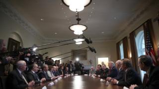 Trump em reunião com representantes do setor do aço