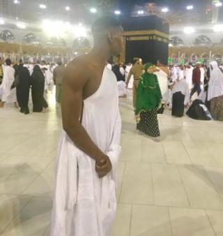 Paul Pogba di Mekah