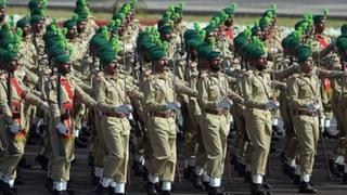 پاکستان فوج کا دستہ