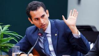 Fundo Eleitoral de R$ 3,8 bi não vai tirar verba ?de canto nenhum?, diz relator na Câmara