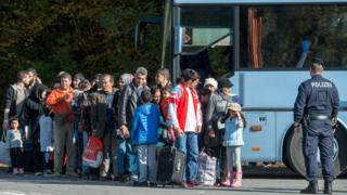 Migrants at Austria-Germany border near Passau, 26 Oct 15