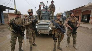 Musul operasyonuna katılan Irak askerleri