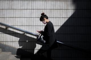 台湾近来持续陷入电信诈骗的阴影中。