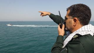 خلیج فارس بارها صحنه رویارویی نیروهای نظامی ایران و آمریکا بوده