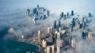 从高空俯瞰卡塔尔首都多哈(资料图片)
