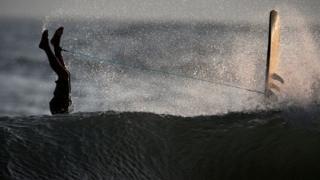 موج سوار