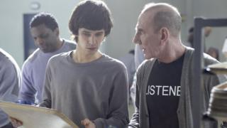Ben Whishaw and Pete Postlethwaite in Criminal Justice