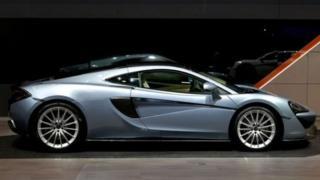 McLaren P1 на автосалоні в Женеві