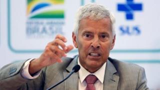 Secretário-executivo do Ministério da Saúde, João Gabbardo, em coletiva de imprensa