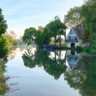 Autumn on the river Thames
