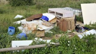 Rubbish left in countryside