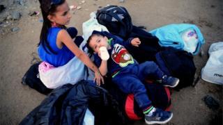 マケドニアにある難民キャンプで