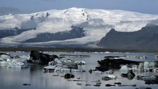 Icelandic landscape, with glaciers in the background