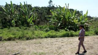 Jaime Chuquimia en un terreno