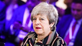 """المتحدث باسم رئيسة الوزراء البريطانية يقول أن التسريبات """"غير مقبولة على الإطلاق"""""""