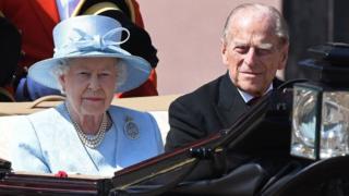 королева Елизавета II и принц Филипп, герцог Эдинбургский,