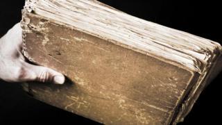 eski bir kitap