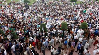 श्रीनगर के सौरा में हुआ विरोध प्रदर्शन
