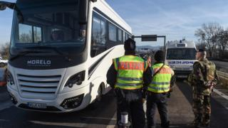 Franco-German security check, 22 Dec 16, in Ottmarsheim, eastern France