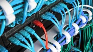 """شغل براونينغ منصب التحكم المركزي للموقع الإلكتروني """"بلاي بن"""" الذي يظهر على الإنترنت المظلم."""
