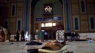 Tempat ziarah ini termasuk tertua dan dianggap paling suci di Pakistan