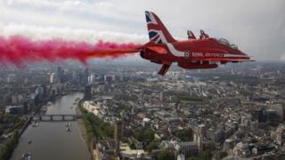 Red arrows fly over London