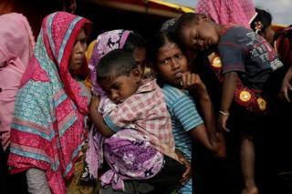 Kumannaan qof oo ah qaxootiga Rohingya ayaa ku jira xerooyiin ku yaalla Bangaladesh