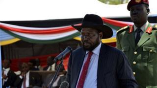 Salva Kiir dirige un pays durement frappé par la baisse des cours du pétrole.
