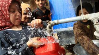 مصريون يشكون من نقص المياه وتدني جودتها رغم رفع أسعارها