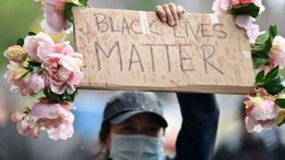 Manifestante em Nova York