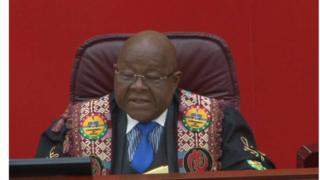 Speaker for Parliament for Ghana Professor Mike Oquaye dey talk plus MPs for Parliament