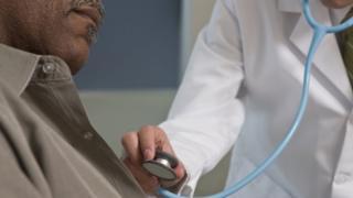 Crenças sociais influenciam nas visitas dos homens ao médico, diz pesquisadora