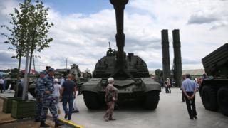 танки в парке патриот