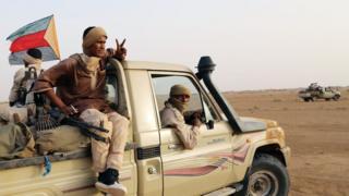 Des combattants touaregs de la Coordination des mouvements de l'Azawad (CMA) près de Kidal, dans le nord du Mali