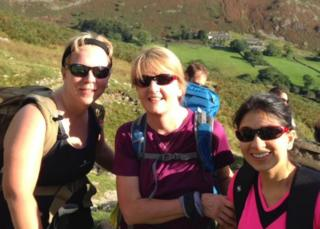 Leanne Pook (l) in training in the Lake District