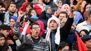 Les manifestants ont répondu à l'appel du syndicat des travailleurs et de certains hommes politiques.