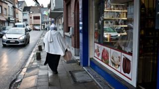 Belçika'da Müslüman bir kadın