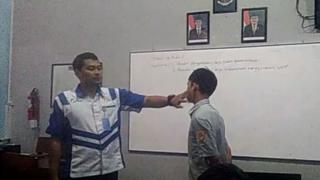 guru tampar murid
