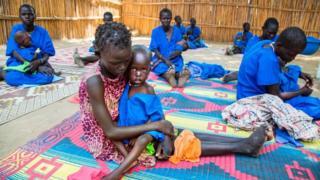Güney Sudan'da açlık çeken çocuklar