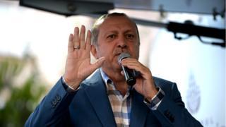La justice turque a annoncé l'inculpation de 99 généraux après que le président Recep Tayyip Erdogan (photo) a rencontré une partie des chefs militaires du pays.